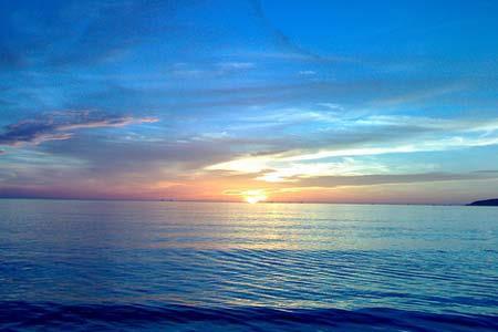 van mau ta canh bien buoi sang Viết đoạn văn ngắn tả cảnh biển buổi sáng