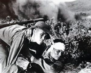 unnamed file 5 1 - Cảm nhận về vẻ đẹp của thế hệ trẻ miền Nam trong cuộc kháng chiến chống Mỹ thông qua hai nhân vật chị Chiến và Việt trong truyện ngắn Những đứa con trong gia đình của Nguyễn Thi.