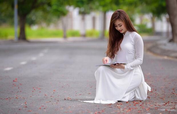 hoaphuong 27 - Suy nghĩ về tình trạng nghiện mạng xã hội